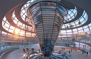 הפרלמנט הגרמני - דוגמאות לבנייה ירוקה