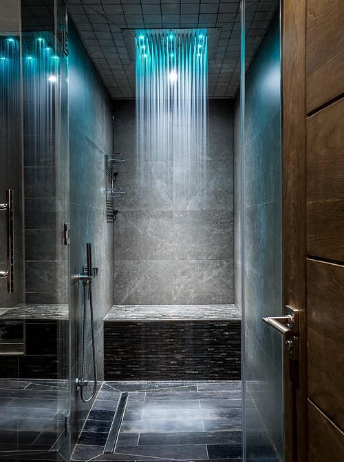 תאורה משולבת בחדר אמבטיה
